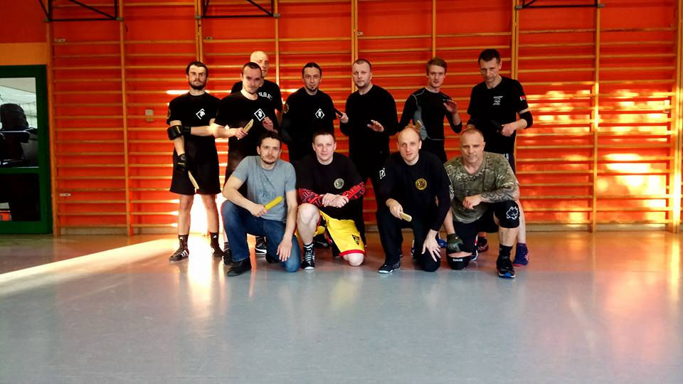 Polish-Belarusian knife fight training in Warsaw